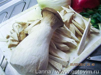 Тайский суп с грибами и кокосовым молоком, Шаг 03