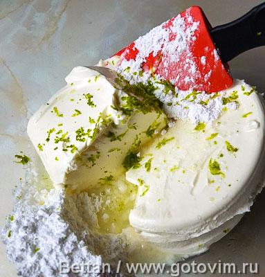 Бисквитный торт с клубникой, лаймом и мятой, Шаг 07