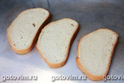 Тосты с колбасой, огурцами и сыром, Шаг 04