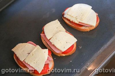 Тосты с кетчупом и помидорами, Шаг 05