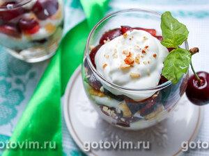 Творожный десерт с черешней и ромом