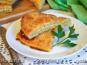 Творожная лепешка с сырной начинкой