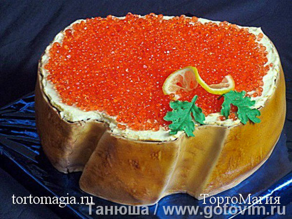 Украшение торта «красной икрой» (красная фальшикра). Фотография рецепта
