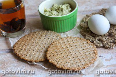 Необычный вафельный хлеб со специями