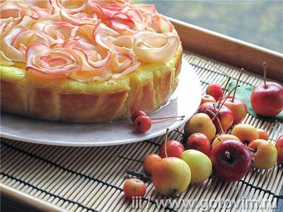 Творожная запеканка с яблочными розочками. Фотография рецепта