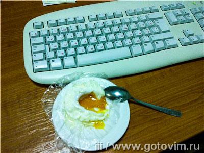 Яйцо всмятку в микроволновке. Фотография рецепта
