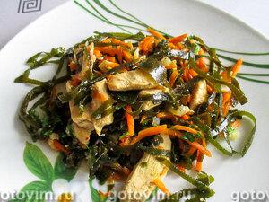 Закуска с куриным мясом и морской капустой в мультиварке