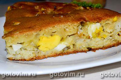 Заливной пирог на кефире с рисом, луком и яйцом
