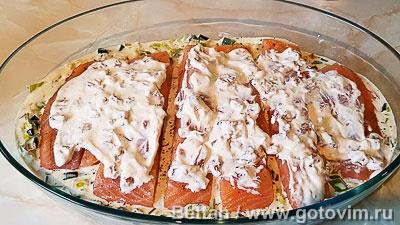 Запеканка из семги с пореем и розочками из картофельного пюре, Шаг 04