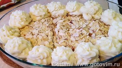 Запеканка из семги с пореем и розочками из картофельного пюре, Шаг 08