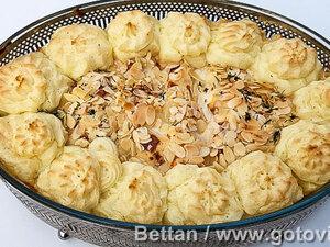 Запеканка из семги с пореем и розочками из картофельного пюре