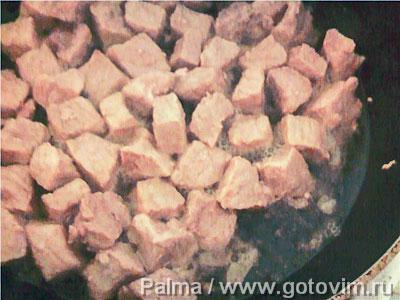 Мясо с картофелем (в горшочках)