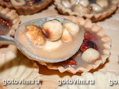 Корзиночки с орехами и карамелью