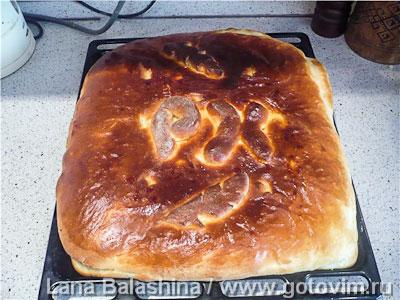 Пирог с капустно мясной начинкой