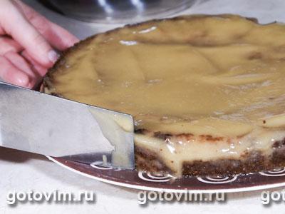 Миндальный пирог с карамелью