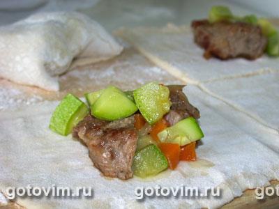 Пирожки с мясом и овощами
