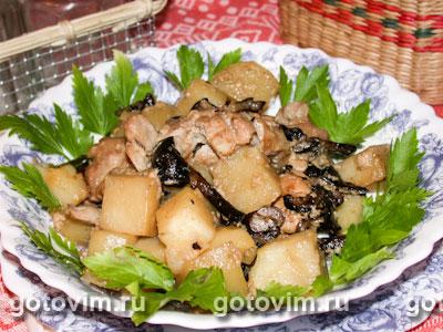 Жаркое из курицы с грибами (в горшочках). Фото-рецепт