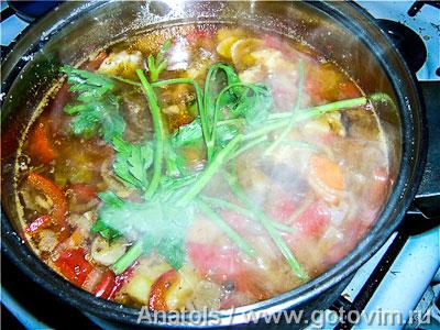 Рагу из свинины с овощами и нутом