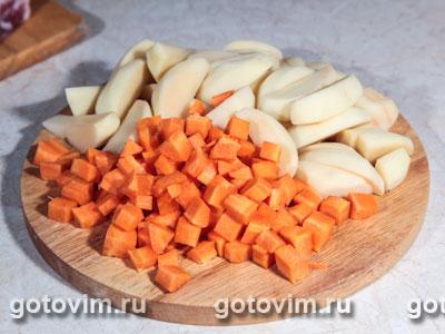 Ребрышки с овощами в горшочках