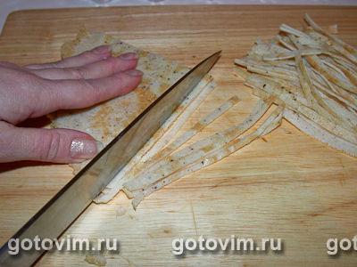 Салат из языка с омлетом