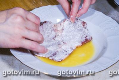 Отбивная в сырной панировке