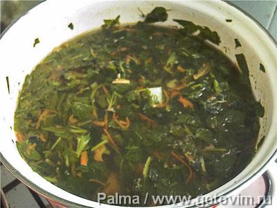 Зеленый суп со снытью