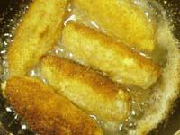 Рулетики из свинины с зелёным луком и сыром