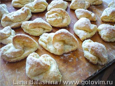 Творожное печенье «Шапочки»